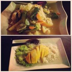 Photo taken at Restoran Sala Thai by eReYn🎀 S. on 9/5/2015