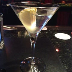 Photo taken at Willie G's Seafood & Steakhouse by Becky V. on 8/22/2014