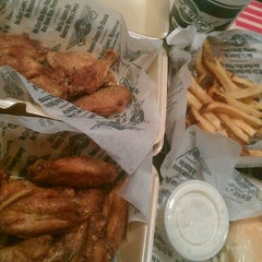 Photo taken at Wingstop by Acky C. on 11/6/2012