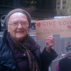 Photo taken at #OCCUPYWALLSTREET by Lafayette Reynolds on 11/25/2011