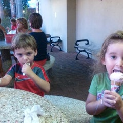 Photo taken at Strachan's Ice Cream by Lisa Rae H. on 8/19/2014