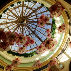 Photo taken at The Venetian Palazzo Resort Hotel & Casino by Xanti C. on 4/19/2013