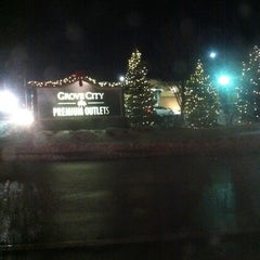 Photo taken at Grove City Premium Outlets by Christen 章. on 12/29/2012