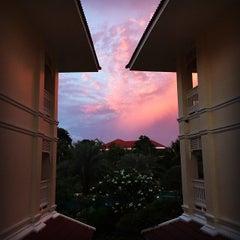 Photo taken at Dheva Mantra Resort & Spa (เทวมันตร์ทรา) by kevinbkth on 6/3/2015