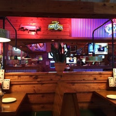 Photo taken at Texas Roadhouse by Aliza S. on 9/20/2014