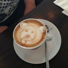 Photo taken at Saquella Espresso Club by Felix David M. on 1/31/2013