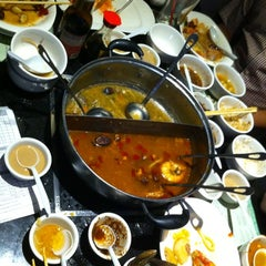 Photo taken at Little sheep Mongolian Hot Pot by Andres F. on 12/9/2012