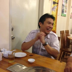 Photo taken at 大丰收福州菜馆 by Lam K. on 12/28/2012