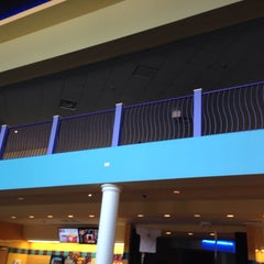 Photo taken at Cinemark Theaters by Amy G. on 11/22/2013