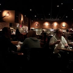 Photo taken at Carrabba's Italian Grill by Peter S. on 1/14/2013