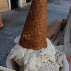 Photo taken at Humphry Slocombe by Kevin ⚡. on 9/29/2012