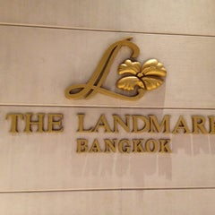 Photo taken at The Landmark Bangkok by Kityaporn C. on 12/2/2012