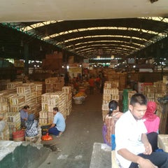 Photo taken at Pasar Induk Kramat Jati by Achmad Pulung Y. on 8/26/2014