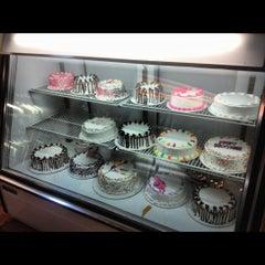 Photo taken at Thomas Sweet Ice Cream Co. by Alesia C. on 9/25/2012