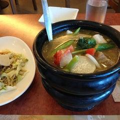 Photo taken at Max's Restaurant by Charles Hubert Q. on 3/27/2013