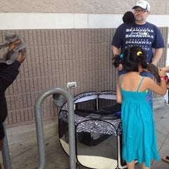 Photo taken at Fred Meyer by Lorenzo S. on 8/12/2013