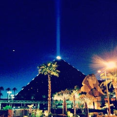 Photo taken at Luxor Hotel & Casino by Conrado S. on 5/8/2013