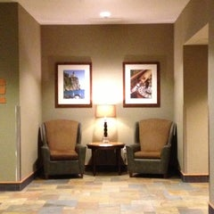 Photo taken at Radisson Hotel Bloomington By Mall of America by Allen S. on 9/25/2012