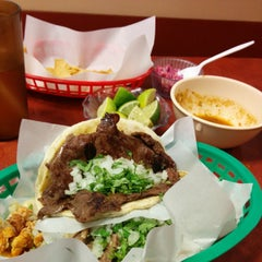 Photo taken at Taquería Los Comales 3 by NuttyKnot .. on 10/8/2014