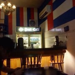 Photo taken at Post Cafe by Richard L. on 9/26/2012
