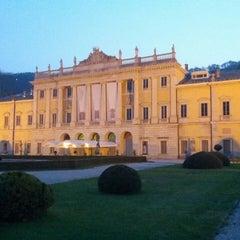Photo taken at Villa Olmo by Giacomo on 4/18/2013