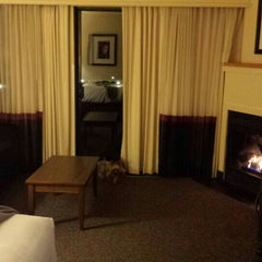 Photo taken at Best Western Tin Wis Resort Lodge by Bean S. on 10/25/2015