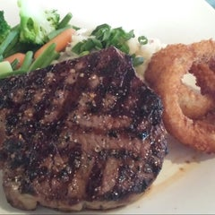 Photo taken at Mr Mikes Steakhouse & Bar by Bean S. on 4/30/2014