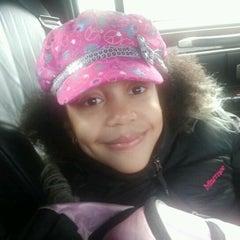 Das Foto wurde bei Manhattan School For Children von Marthum B. am 1/31/2013 aufgenommen