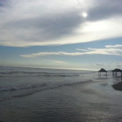 Photo taken at Playa Bonfil by MaryTere C. on 7/9/2013