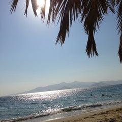 Photo taken at Παραλία Πλάκας (Plaka Beach) by Valia 🍏🍏 P. on 8/31/2013