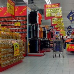 Photo taken at hypermart by wenang g. on 9/21/2013