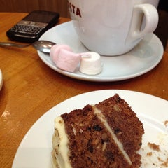 Photo taken at Costa Coffee by Sergiy T. on 5/3/2013