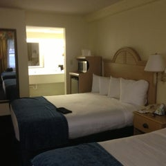 Photo taken at Best Western Cocoa Beach Hotel & Suites by Lynn C. on 10/6/2012