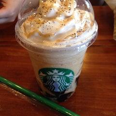 Photo taken at Starbucks Coffee by Angel B. on 6/13/2015