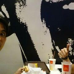Photo taken at McDonald's by Alpert M. on 10/15/2014