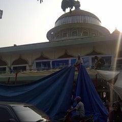 Photo taken at Masjid Agung Darul Falah by Rahmad SST on 7/26/2013
