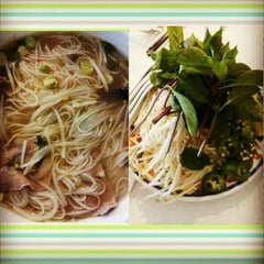 Photo taken at Hoanh Long Restaurant by Melissa D. on 11/2/2013