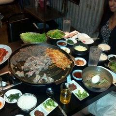 Photo taken at Honey Pig Gooldaegee Korean Grill by Lou G. on 9/15/2012