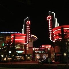 Photo taken at Cinemark 18 by Benjamin G. on 12/19/2012