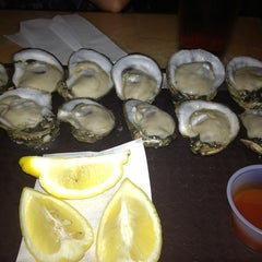 Photo taken at Cooter Brown's Tavern & Oyster Bar by Blackforestdeli on 6/14/2013