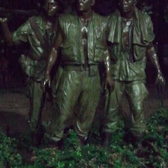 Photo taken at Vietnam Veterans Memorial by Les S. on 7/26/2013