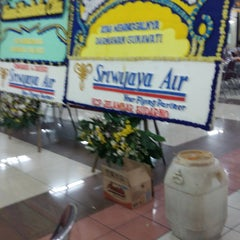 Photo taken at Rumah Duka Jelambar by Ibnu A. on 4/10/2015