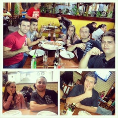 Photo taken at Pizzaria 4 Queijos by Danilo R. on 5/6/2013