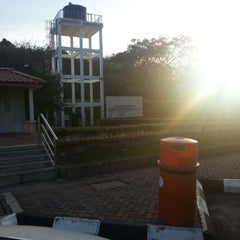 Photo taken at R&R Maran (West Bound) by Nirwan N. on 2/1/2013