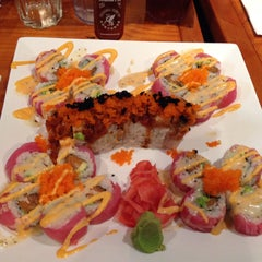 Photo taken at Sushi House by Anitra B. on 3/21/2015