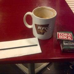 Photo taken at KFC / KFC Coffee by Ageng G. on 12/1/2012