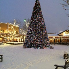 Photo taken at Town Square Fountain by Diana K. on 12/26/2012