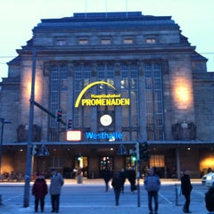 Photo taken at Leipzig Hauptbahnhof by Han P. on 1/20/2013
