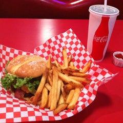 Photo taken at Teddy's Bigger Burgers by Matt D. on 1/25/2013