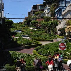 Photo taken at Lombard Street by Djeine M. on 5/11/2013